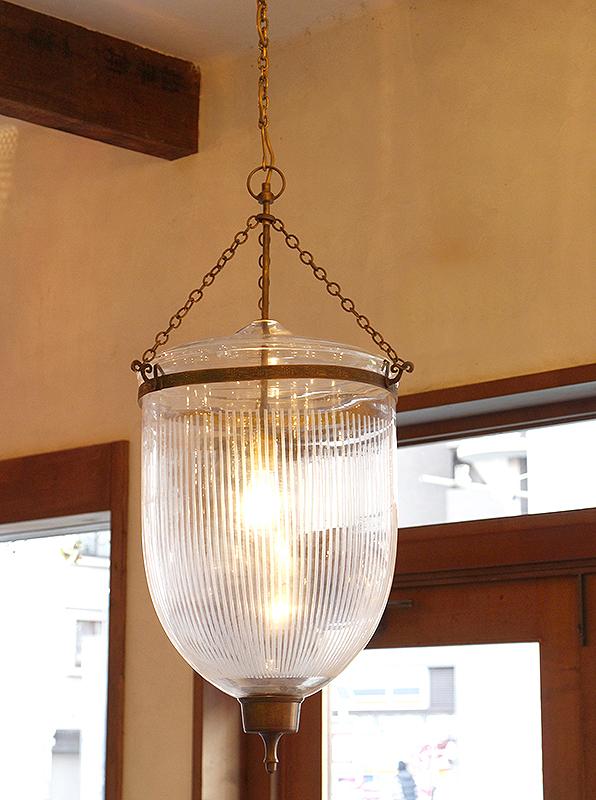 コロニアル・ガラスシェードランプ